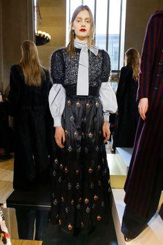 Jill Stuart Fall 2017 Ready-to-Wear Fashion Show - Saadi Schimmel