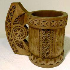 cana-din-lemn-sculptata--cu-motive-traditionale-3-2773-1.jpg (598×600)