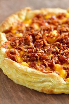 Breakfast Puff Pastry, Puff Pastry Pizza, Breakfast Pizza, Savory Breakfast, Breakfast Dishes, Breakfast Casserole, Breakfast Recipes, Puff Pastries, Breakfast Options