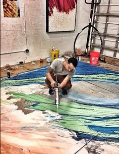 Miami-based silicone artist Enrique Machado specializes in 3-D images of waves. A custom live set might involve Machado creating...