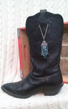 Set Pull strap boot bling with beads Black Cowgirl Boots, Cowgirl Style, Western Boots, Cowboy Boot, Boot Jewelry, Leather Jewelry, Western Jewelry, Boot Bling, Bling Shoes
