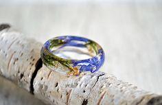 ring with cornflower, moss terrarium, natural moss, resin moss rings,nature rings, nature inspired rings,  resin ring flower, resin ring