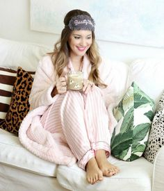 Party Guide: Throw a Bachelorette Slumber Party