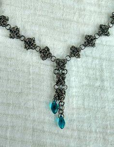 Sieh dir dieses Produkt an in meinem Etsy-Shop https://www.etsy.com/de/listing/516991704/chainmaille-collier-byzantine-variante