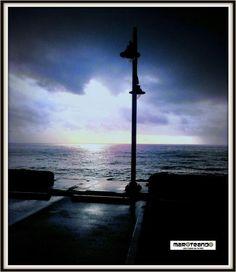 """""""Ama más a tus amigos cuando menos lo merezcan, por que es cuando más lo necesitan"""". Proverbio Chino #frases #amanecer #malecón #solnaciente #malecón #santodomingo #rd #repúblicadominicana #maroteandord"""