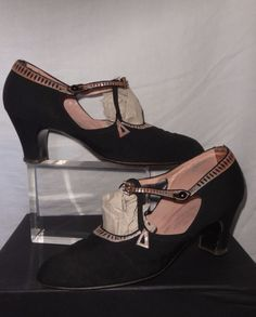 Original Late 1920 s Black and Silver Art Deco Ladies Shoes-Aprox UK size 5..Saks £55.88
