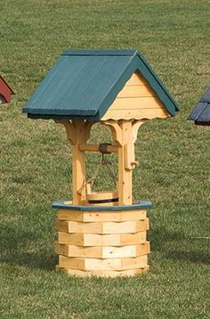 wishing well made from landscape timbers | ... Wishing Well with Pine Roof - X Large | Amish Made Wishing Wells 4461