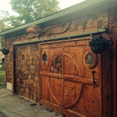 Sliding garage door and Totem pole #diy #ryobination