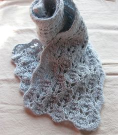Free Pattern: Winter Leaves Lace Scarf by Laura Wick