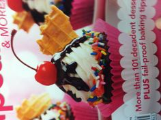 Cupcake that looks like ice cream