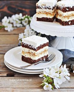 Ciasto Kokosowa KRÓWKA Vanilla Cake, Tiramisu, Sweets, Ethnic Recipes, Food, Polish, Dessert Ideas, Food Food, Sweet Pastries