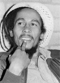BOB MARLEY - Barry Schultz PhotographyBarry Schultz Photography Bob Marley Songs, Bob Marley Legend, Bob Marley Quotes, Bob Marley Pictures, Robert Nesta, Nesta Marley, Blues Music, Pop Music, Shaytards