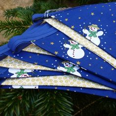 Christmas Bunting - Blue and Gold with Snowmen £6.50