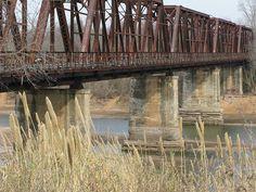 The Red River bridge between Texas and Oklahoma Paris, Tx Denison Texas, Turner Falls, Texas And Oklahoma, Tyler Texas, Paris Texas, Back Road, Texas Travel, Red River, Romantic Getaway