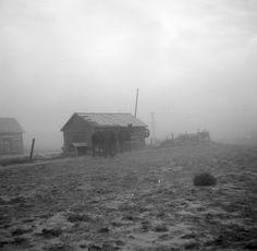 Dust storm near Williston, North Dakota; October 1937; photo by Russell Lee