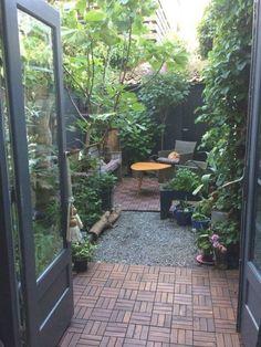 Terrace Garden Design, Small Courtyard Gardens, Small Courtyards, Small Backyard Gardens, Backyard Patio, Backyard Landscaping, Garden Oasis, Backyard Ideas, Patio Ideas