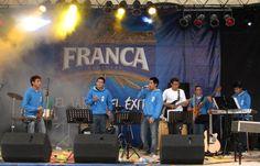 Orquesta Fratelli en kermesse del Colegio Salesiano - 2010