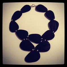 Eco-Jewellery Challenge  necklace rubber and silver 2013  www.lpjoalharia.blogspot.com