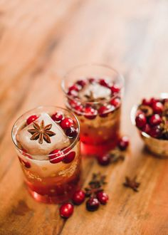 Your table is set, the turkey is perfectly roasted, your guests are about to arrive ... and a cocktail is definitely in order! This collection of pretty drinks is perfect for the holiday. From pre-dinner delights to dessert-like sips, you'll find just the right bevy to wet your whistle this coming Thanksgiving. It's time to…