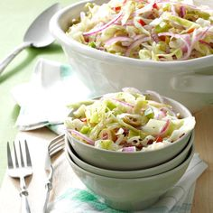 Overnight Slaw Spectacular Overnight Slaw Recipe -To come up with this dish, I used a number of different recipes, plus some ideas of my own. It's great for a potluck because it's made the night before and the flavor keeps getting better. Whenever I serve Potluck Dishes, Potluck Recipes, Cooking Recipes, Casserole Recipes, Kraft Recipes, Veggie Dishes, Pasta Dishes, Healthy Cooking, Healthy Meals