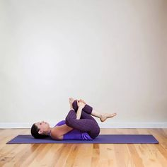 Figure Four is a relaxing variation of Pigeon that really targets the tight piriformis muscle, which is a common cause of sciatica.Figure Four is a relaxing variation of Pigeon that really targets the tight piriformis muscle, which is a common cause Yoga For Sciatica, Sciatica Relief, Sciatica Exercises, Back Pain Exercises, Sciatica Symptoms, Lumbar Exercises, Hip Stretches, Thigh Exercises, Yoga