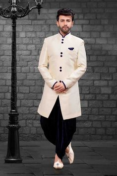 Shop cream indo-western mens short sherwani , freeshipping all over the world , Item code Mens Sherwani, Sherwani Groom, Indian Kurta, Indian Ethnic Wear, Indian Style, Western Dresses Online, Wedding Dress Men, Wedding Outfits, Wedding Attire