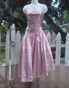 Vintage 1980s Pretty In Pink Junior's L.A. Glo Metallic Pink Sequin Sexy Strapless Party Prom Dance Dress Size 3/4 by Sweetlorraines2 on Etsy