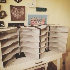 student mailboxes using IKEA Flyt magazine holders! Classroom Mailboxes, Student Mailboxes, Classroom Hacks, Classroom Layout, Classroom Organisation, New Classroom, Classroom Design, Kindergarten Classroom, School Organization
