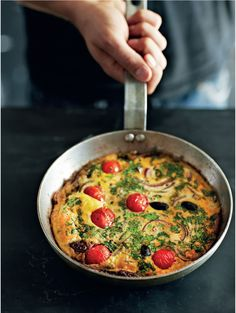 Herbed Mediterranean frittata recipe from The Medicinal Chef by Dale Pinnock Dale Pinnock, Skillet Meals, Skillet Recipes, Frittata Recipes, Recipe Of The Day, Cheeseburger Chowder, Food Inspiration, Brunch, Favorite Recipes