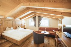 luxury hotel, room inspiration, room interior, modern design, traditional elements, ski resort, wellness resort, Tyrolean style, Activehotel Bergkönig, Neustift, Austria, room decor Interior Modern, Room Interior, Wellness Resort, Rooms, Traditional, Luxury, Bed, Inspiration, Furniture