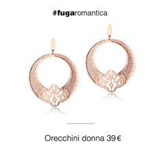 Orecchini in metallo con bagno in oro rosa, glitter bianco e smalto trasparente Luca Barra Gioielli! #orecchini #womanjewels #collezionedonna #lucabarragioielli #style #fashion #mood #tendenzemodaestate
