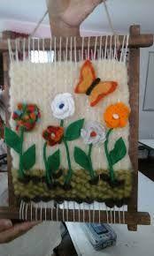 Crochet y telat Weaving Art, Tapestry Weaving, Loom Weaving, Hand Weaving, Woolen Craft, Weaving Wall Hanging, Loom Knitting, Knitting Machine, Ideas Para Fiestas