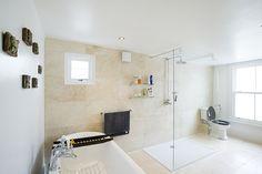 Bathroom in Peckham Rye, SE15, Side return extension on a Victorian Terraced House in Peckham Rye SE15, Greater London, Bathroom Ideas, Contemporary Bathroom, Spotlights, Tile Floor, Full House Refurbishment