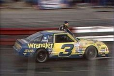 Cleaning his own windshield, while driving during a road race. #DaleEarnhardtMemorial http://www.pinterest.com/jr88rules/dale-earnhardt-memorial/