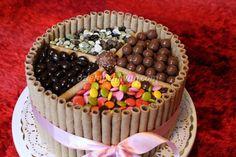 Bol Çikolatalı, Bonibonlu Pasta #bonibon #dogum gunu #pasta #cikolata #rulokat #cake #chocolate #birthday