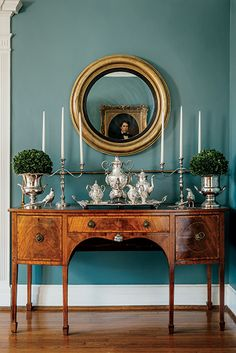5 Most Beautiful High End Dining Room Sets Ideas For Your Lovely Home, Traditional Dining Rooms, Traditional Decor, Traditional House, Traditional Furniture, Dining Room Sets, Teal Dining Rooms, Formal Dining Rooms, Dining Room Buffet Table, Dining Room Paint Colors