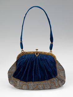 French Purse 1910-20 Silk, metal The Metropolitan Museum of Art