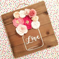 12 Rustic Love Wood Signs That Will Take Your Decor To The Next Level, DIY and Crafts, It's always great when your home is filled with love so why not hop on to this Love wood sign train that will make your home decor look seriously in. Cricut Projects To Sell, Craft Projects, Craft Ideas, Activity Ideas, Sewing Projects, Valentines Day Decorations, Valentine Day Crafts, Coin Artisanal, Diy Valentine's Signs