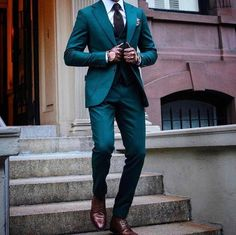 """Gefällt 160 Mal, 20 Kommentare - Suituptime (@suituptime) auf Instagram: """"Would you wear green?! Yes or no?  . Follow @suituptime for your chance to get featured! . For…"""""""