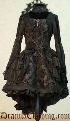 Brown Brocade Dress Steampunk with Ruffles via Dracula Clothing / / ~Lulladies Dark Fashion, Gothic Fashion, Pirate Fashion, Brocade Dresses, Period Outfit, Love Clothing, Steampunk Clothing, Beautiful Outfits, Beautiful Clothes