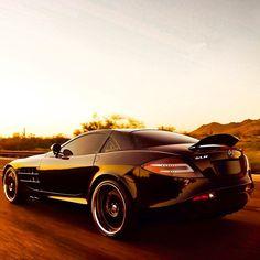 Mercedes Benz SLR Sunset Drive