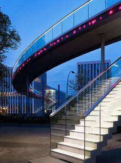 Iluminación interactiva en el Puente Telekom / Licht Kunst Licht  (5)