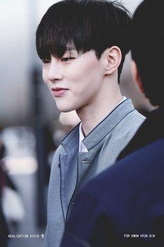 권현빈 Kwon HyunBin