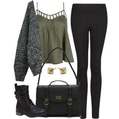 Edgy Hanna Marin inspired outfit with black leggings