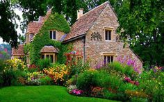 Pretty English country home