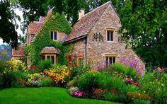 Pretty English country home