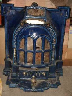 Tiny Wood Stove, Coal Stove, Antique Stove, Victorian Fireplace, Goth Home, Wood Stoves, Keep Warm, Furniture Decor, Steampunk