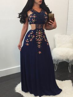 Splicing Lace Cut Out Floral Pleated Maxi Dress
