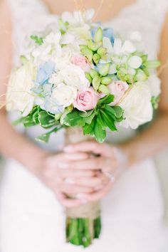 Pastel color wedding bouquet