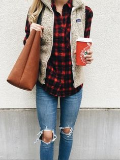 Autumn outfit fashion inspo… red and black checked flannel shirt, cozy vest, starbucks chai latte, ripped levi's 721 high rise distressed skinny jeans in indigo, and the cold breezes that means Christmas will soon be here Image source Fashion 2017, Look Fashion, Womens Fashion, Fashion Trends, Fall Fashion, Fashion Styles, Christmas Fashion, Fashion Outfits, Fashion Clothes